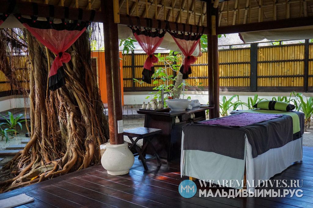 Спа павильон на открытом воздухе отеля Angsana Velavaru