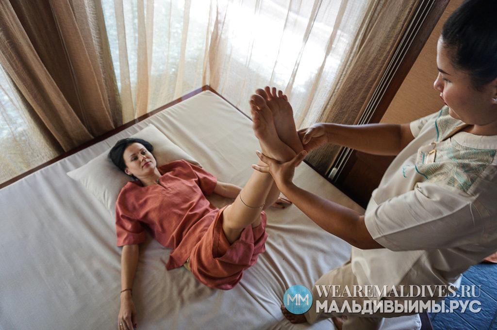 Тайский спа массаж в спа центре CHI на Мальдивах