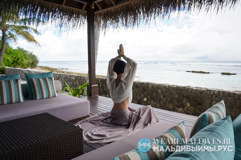 Медитация в вилле на Мальдивах